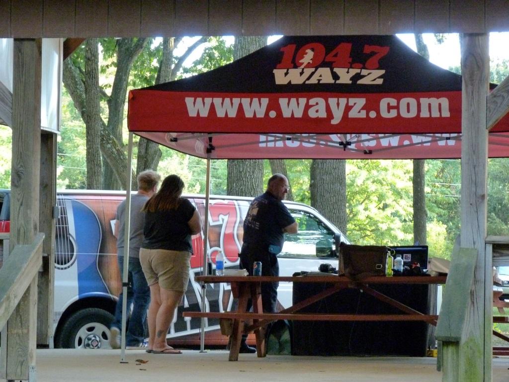 2012-09-11 wayz radiothon