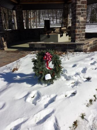 2013-12-13 Wreath at 9-11 Tribute