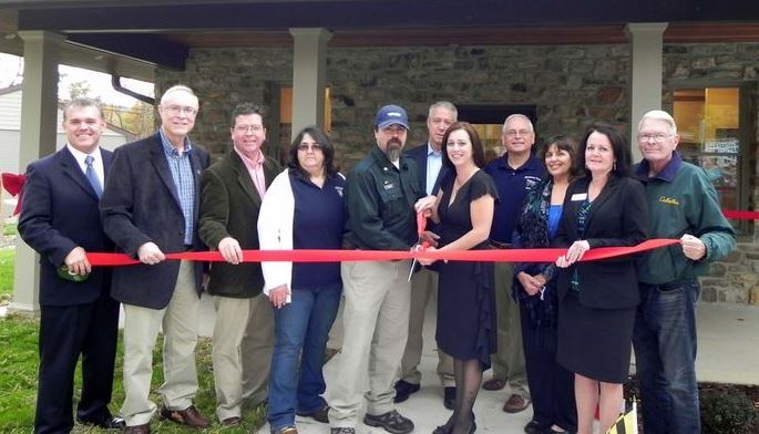 2014-10-18 BOMP Ribbon cutting